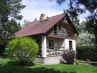 Chata k pronajmutí - dovolená  Pěnenský rybník - Dřevo rekreace Malý Ratmírov