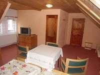 ložnice - chalupa k pronájmu Černovice u Tábora