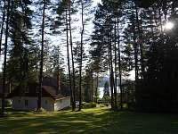 výhled k jezeru - pronájem chaty Lojzovy Paseky