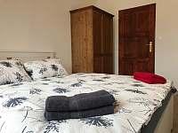 pokoj pro 2 apartman 1