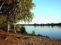 Pláž Vlkovské pískovny