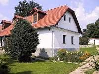 Kostelec nad Vlt. ubytování 14 lidí  pronajmutí
