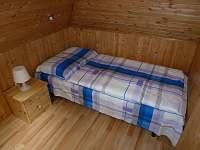 ložnice v podkroví - chata k pronajmutí Doubí