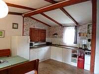Vybavená kuchyně - apartmán k pronájmu Jindřiš