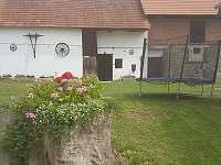 dvůr - chalupa ubytování Libořezy