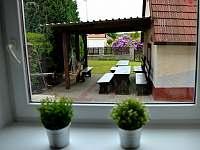 Posezení u grilu - apartmán ubytování Chlum u Třeboně