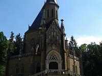 Schwarzenberská hrobka - pronájem chalupy Domanín u Třeboně