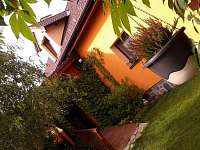 Zastřešená pergola - chalupa ubytování Domanín u Třeboně