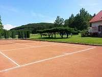 tenisový dvorec