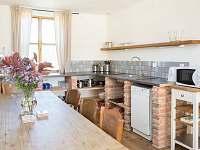 Spodní domek - kuchynska linka