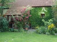 Vstup s verandou - pronájem chalupy Plavsko