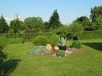 zahrada - apartmán k pronájmu Orlík nad Vltavou