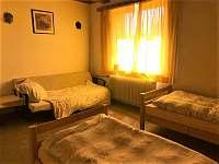 Druhá ložnice, nyní upraveno pro tři, gauč rozkládací, možnost tedy i pro čtyři - Vyšší Brod