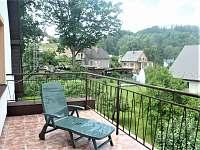 horní terasa, výhled na klášter, dnes již s novým příjemným posezením - Vyšší Brod