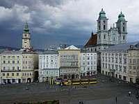 Linecké náměstí, Rakousko, cca 40 km vzdálené - Vyšší Brod