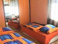 Třetí ložnice, až pro 3, dvě matrace na sobě.. Možnost přesunout na terasu.. - chalupa k pronájmu Vyšší Brod