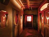 Žabovřeský Mlýn - předsíň apartmánu v přízemí - chalupa ubytování Žabovřesky
