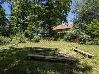Žabovřeský Mlýn - zahrada - chalupa k pronájmu
