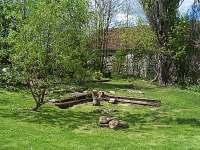Venkovní ohniště - chalupa ubytování Hněvanov