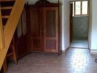 schodiště do poschodí - chalupa ubytování Slavkov