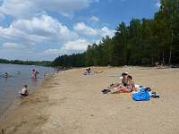 Hlavní pláž Vlkovské pískovny