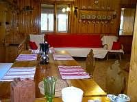 pohled z kuchyňského okénka - pronájem chaty Hrdoňov