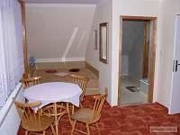 Hanžlíková - ubytování v soukromí - pronájem apartmánu - 7 Přísečná