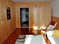 Obývák - apartmán k pronájmu Byňov u Nových Hradů