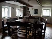 Společenská místnost - Strážný-Hliniště