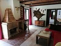 obývací pokoj - chata k pronajmutí Kosov