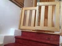 Branka nad schodištěm