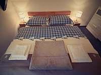 Ložnice v 1. patře - chalupa k pronájmu Sviňovice