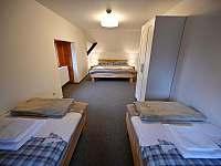 Ložnice v 1. patře - chalupa ubytování Sviňovice