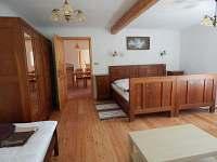 Apartmán č. 1 velká ložnice - chalupa k pronajmutí Zvůle