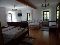 Apartmán č. 1 velká ložnice - chalupa k pronájmu Zvůle
