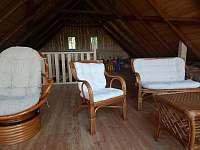 Odpočinkové patro ve stodole - pronájem chalupy Zvůle