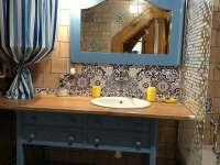 Koupelna - chalupa k pronájmu Stříbřec