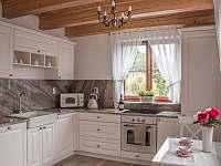 Chaty na rybníku Slávek,kuchyň - k pronájmu Lžín