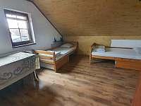 1. patro, čtyřlůžkový pokoj č.5, možnost přistýlky - Chlum u Třeboně