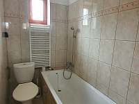 přízemí, soc. zařízení pokoje č.2 - rekreační dům k pronájmu Chlum u Třeboně