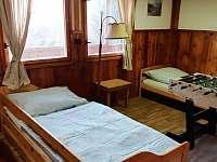 Ložnice velká - pronájem chaty Podolsko
