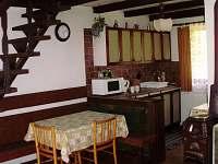 Jídelna, kuchyň - chata k pronájmu Týn nad Vltavou