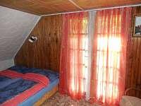 Patro - místnost se dvěma lůžky, balkón - pronájem chaty Týn nad Vltavou
