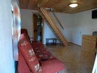 Obývací prostor s rozkládacím gaučem (1,5 lůžka)