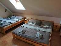 Čtyřlůžkový pokoj - pronájem rekreačního domu Domanín