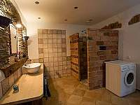 Koupelna AP1+AP2 - pronájem chalupy Svatý Jan nad Malší