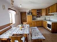 Kuchyně AP1+AP2 - chalupa ubytování Svatý Jan nad Malší