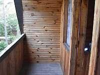 Balkón v podkroví - Lásenice