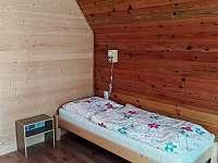 Podkrovní pokoj č.1 - chata k pronajmutí Lásenice