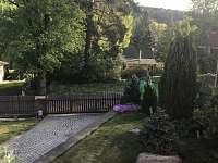 pohled z terasy - chata k pronajmutí Neznašov